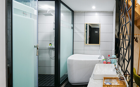 Privacy protection 8mm tempered frosted glass for shower room door