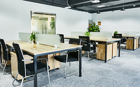 Custom tempered frosted glass for desk partition