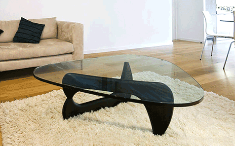 Irregularly shaped tempered glass table top