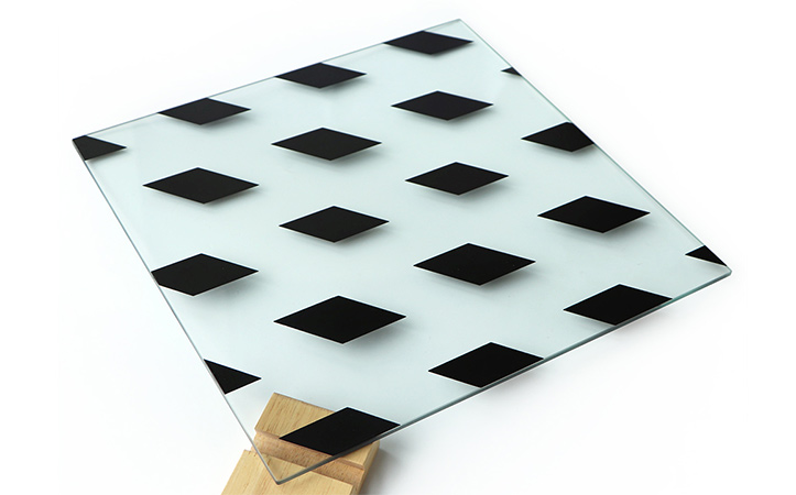 Tempered silk screen glass with black diamond pattern