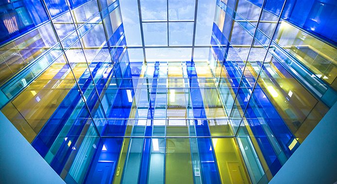 If you want to prevent ultraviolet-proof and heat preservation to be good, choose laminated glass or insulated glass?