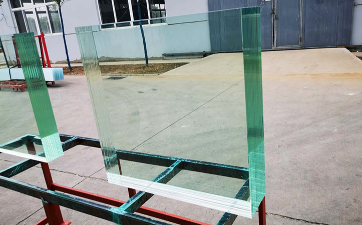 Multilayer laminated glass for security huts(Accept custom size and thickness)