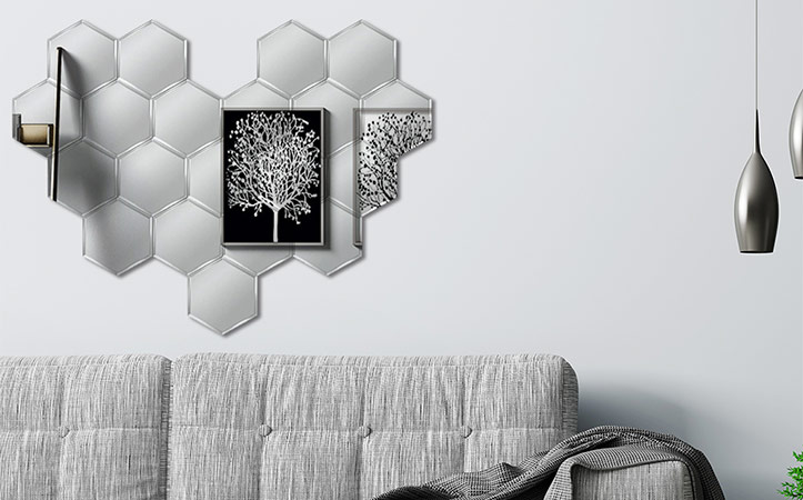 Heart-shaped collage decorative mirror